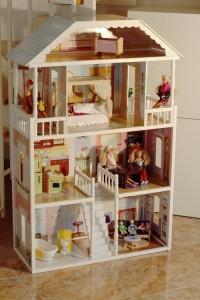 Puppenhaus von der Seite